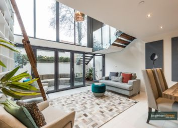 Thumbnail 4 bed town house to rent in Goldhawk Road, Shepherds Bush, London