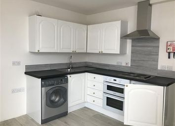 Thumbnail 1 bed flat to rent in Queen Street, Taunton