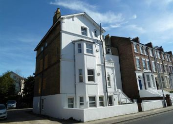 2 bed flat to rent in Waverley Road, Southsea PO5