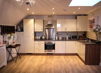Thumbnail 2 bed flat for sale in Wells View Drive, Bromley