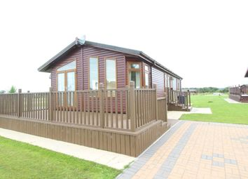 Thumbnail 2 bed detached house for sale in Wolds Retreat Brigg Road, Caistor, Market Rasen