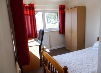 Thumbnail Room to rent in 7 Wern Terrace, Swansea