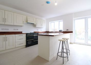 Thumbnail 5 bed detached house for sale in Vincent Road, Luton