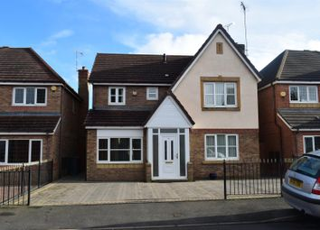 Thumbnail 4 bed detached house for sale in Hatters Court, Bedworth