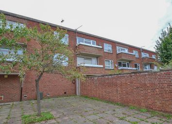 Thumbnail 1 bed flat for sale in Chaucer Way, Hoddesdon, Hertfordshire