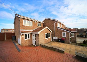Thumbnail 3 bed detached house for sale in Frobisher Grove, Maltby, Rotherham