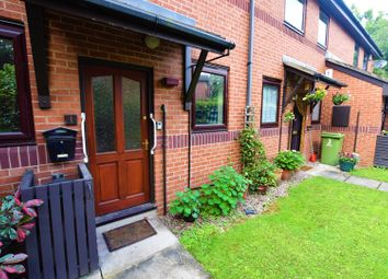Thumbnail 2 bed property for sale in Elizabeth Gardens, Wakefield