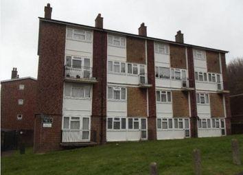 Thumbnail Flat to rent in Kestrel Way, New Addington, Croydon