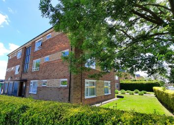 Cozens Road, Ware SG12. 2 bed flat