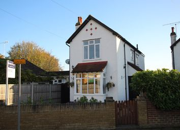 3 bed detached house for sale in Govett Avenue, Shepperton TW17