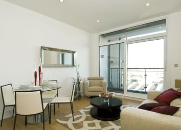 Thumbnail 2 bed flat to rent in Wandsworth Road, Knightsbridge