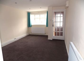 Thumbnail 4 bedroom town house to rent in Waldale Drive, Leicester