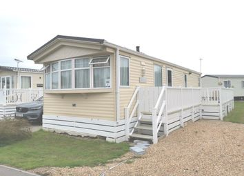 2 bed mobile/park home for sale in Vinnetrow Road, Runcton, Chichester PO20