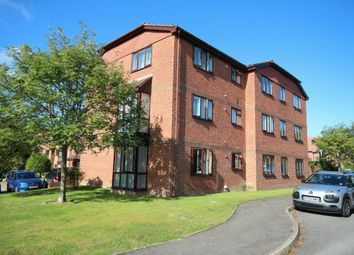 Thumbnail 1 bed flat for sale in Tanyard Close, Horsham