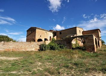 Thumbnail 10 bed farmhouse for sale in Sp14, Montalcino, Tuscany