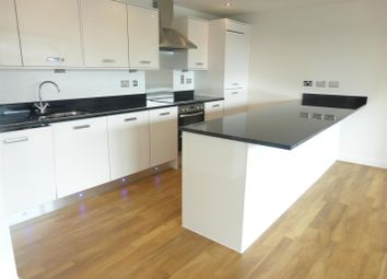 Thumbnail 3 bed duplex to rent in Geoffrey Watling Way, Norwich