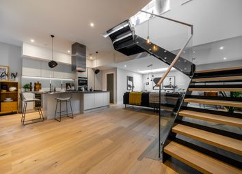 Thumbnail 3 bed town house to rent in Sugden Road, London