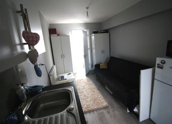Thumbnail Studio to rent in Mayfields Close, Wembley