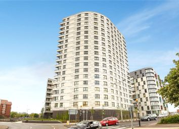 Thumbnail 1 bed flat for sale in Hewitt, 40 Alfred Street, Reading, Berkshire