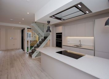 3 bed property to rent in Camden Mews, London NW1
