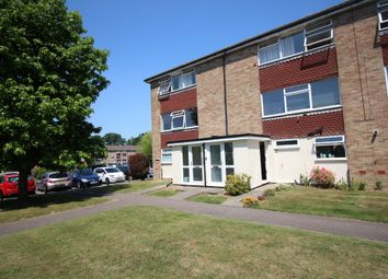 Thumbnail 1 bed flat to rent in York Close, Horsham