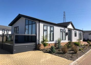 Thumbnail 1 bed mobile/park home for sale in Hayes Chase, Battlesbridge, Wickford