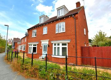 Thumbnail 5 bed detached house for sale in Peachey Walk, Stansted