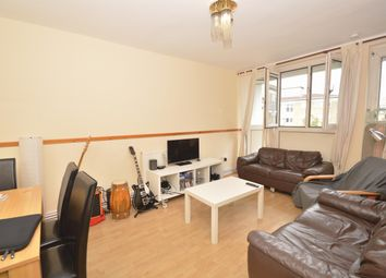 Thumbnail 3 bed flat to rent in Bracer House, Hoxton