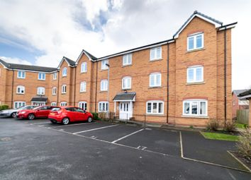 Thumbnail 2 bed flat for sale in Mere View, Helsby, Cheshire