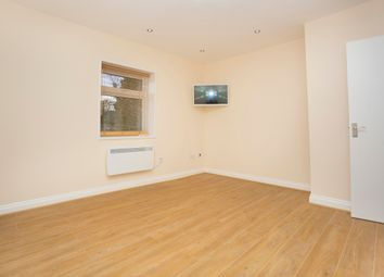 Thumbnail 1 bed flat to rent in Finchley Lane, Hendon, London