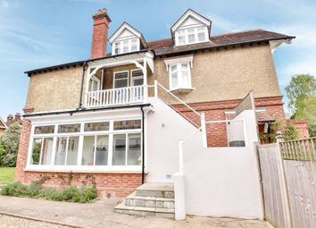 Thumbnail 2 bedroom flat to rent in Blatchington Road, Tunbridge Wells