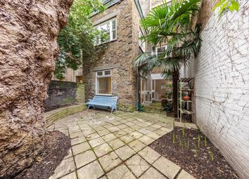 Belgrave Road, London SW1V. 1 bed flat