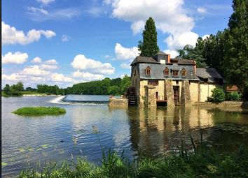 Thumbnail Country house for sale in Parce Sur Sarthe, Loire, France