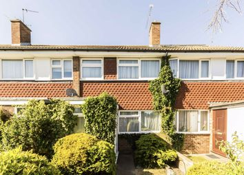 3 bed property to rent in Byron Close, Hampton TW12