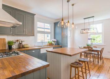 Thumbnail 3 bed flat for sale in Renmuir Street, London