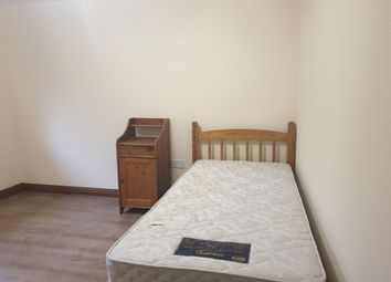 Thumbnail Room to rent in Warbank Crescent, New Addington, Croydon