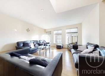 Thumbnail 4 bed flat to rent in Russell Parade, Golders Green Road, London