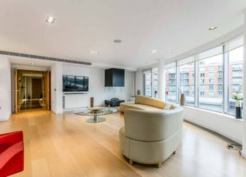 Thumbnail 3 bed flat for sale in New Providence Wharf, Canary Wharf, London