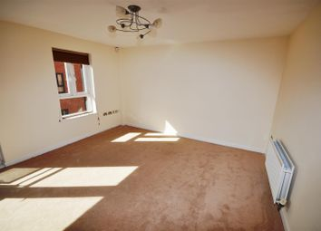Thumbnail 2 bedroom flat for sale in Steam Mill Street, Chester