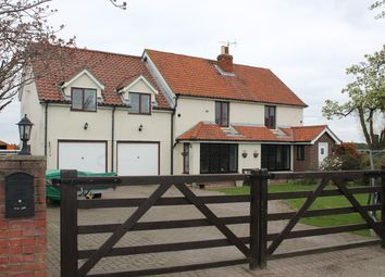 Thumbnail 4 bed cottage for sale in Lucas Lane, Clacton-On-Sea