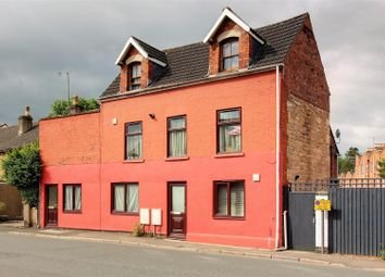 3 bed block of flats for sale in Bath Road, Stonehouse GL10