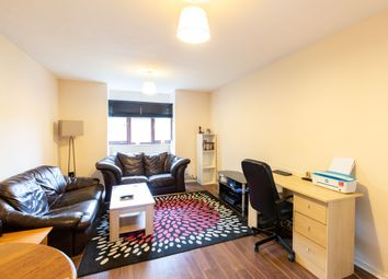 Thumbnail 2 bed flat to rent in Links Avenue, Hertford