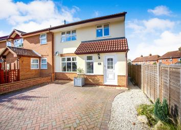 3 bed property for sale in Hill Top, Tonbridge TN9
