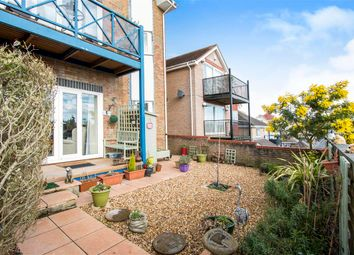 Thumbnail 2 bed flat for sale in Birds Hill Gardens, Poole