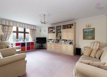 2 bed flat for sale in High Street, Bushey, Hertfordshire WD23