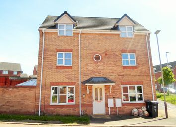 Thumbnail 4 bed detached house for sale in Hanworth Close, Hamilton