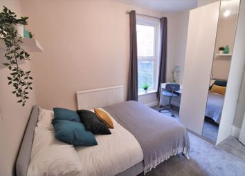 Thumbnail 6 bedroom property to rent in Clovelly Road, Southampton