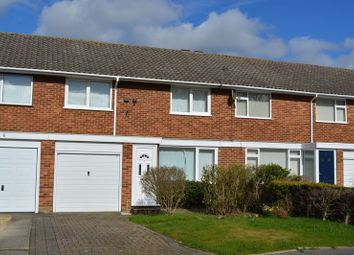 Thumbnail 3 bedroom detached house to rent in Knights Close, Windsor