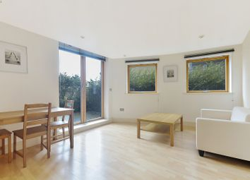 Thumbnail 1 bedroom flat for sale in Nova Building, Canary Wharf