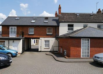 Thumbnail 1 bed flat to rent in Thomsons Yard, Southampton Street, Reading
